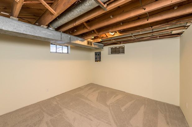 1220 Brooklyn Avenue - Photo 44