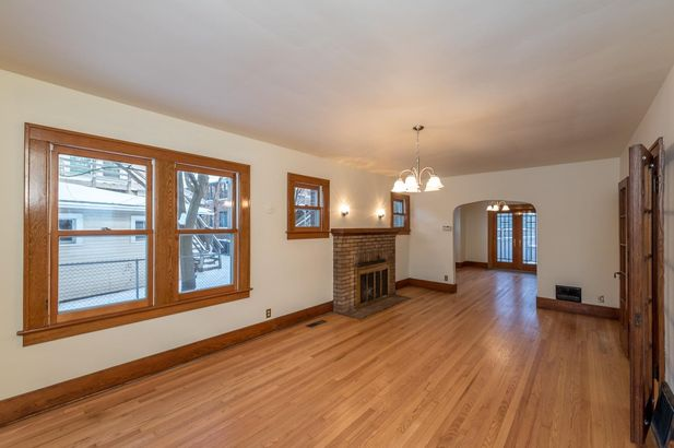 1220 Brooklyn Avenue - Photo 8