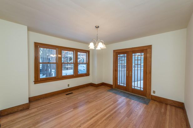 1220 Brooklyn Avenue - Photo 9