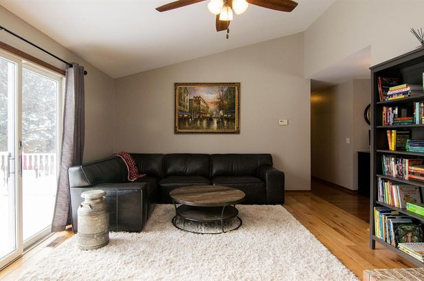 20995 Waterloo Road - Photo 19