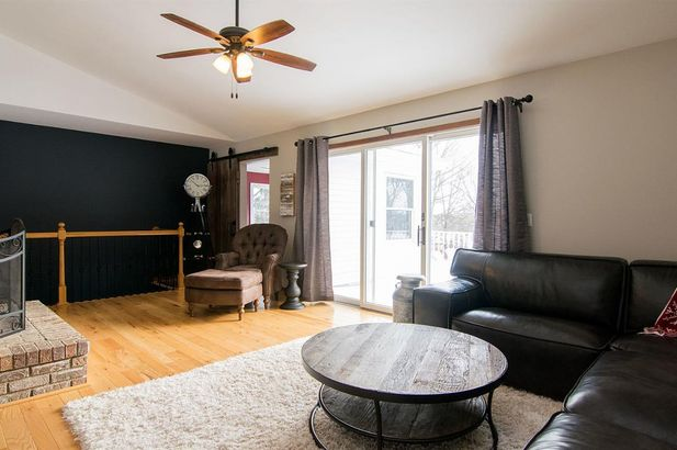 20995 Waterloo Road - Photo 4