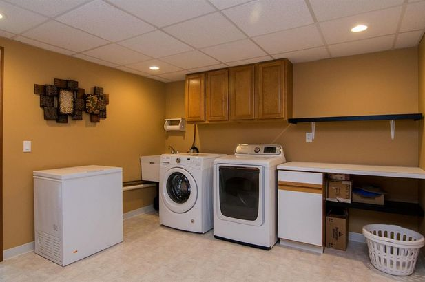 20995 Waterloo Road - Photo 45