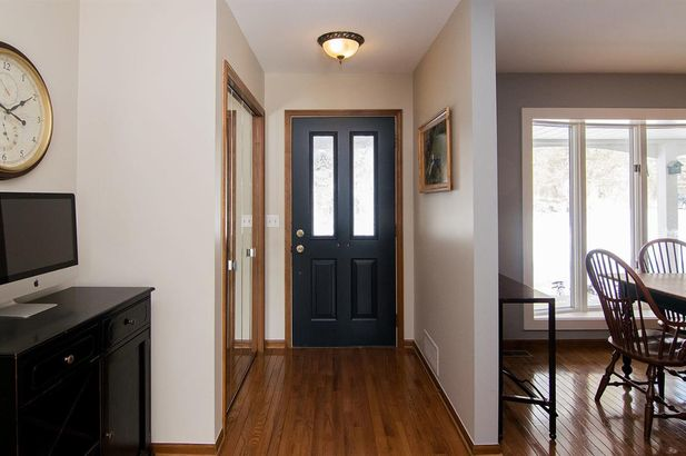20995 Waterloo Road - Photo 9