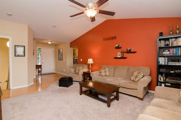 4580 Pearl Court - Photo 5