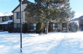 1560 Meadow Side Rochester Hills, MI 48307 Photo 8