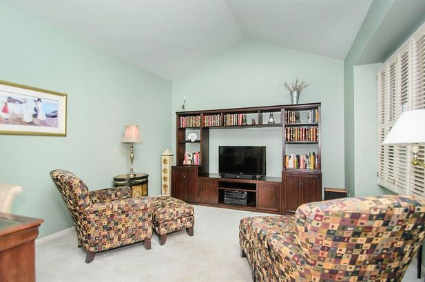 2207 Twin Islands Court - Photo 31