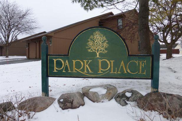 511 Park Place - Photo 2