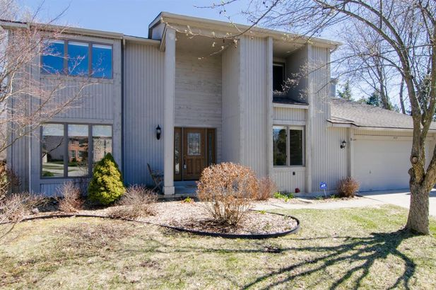 317 Burr Oak Drive Ann Arbor MI 48103