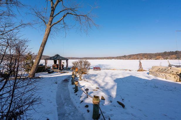 11770 Patterson Lake Drive - Photo 10