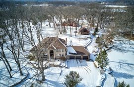 8147 Woods Trail Whitmore Lake, MI 48189 Photo 10