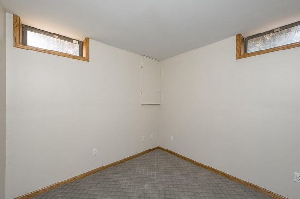 1600 Wolf Lake Road - Photo 36