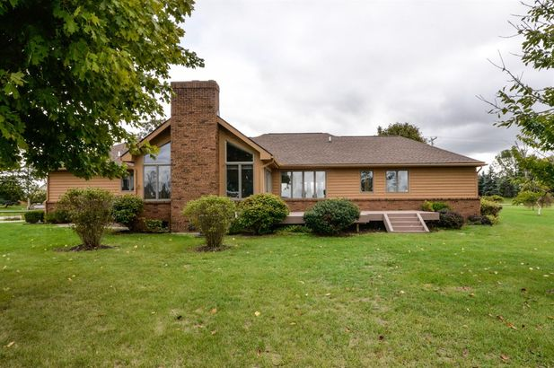 1600 Wolf Lake Road - Photo 39