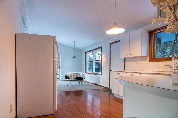 528 Chandler Street - Photo 6