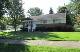 4047 Silver Birch Drive Waterford, MI 48329 Photo 10