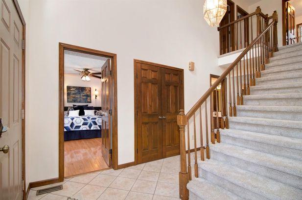 3815 Queen Oaks Drive - Photo 5