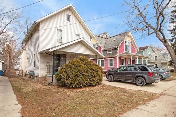 921 Woodlawn Avenue Ann Arbor, MI 48104
