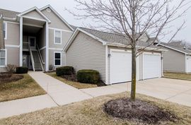 1440 Fox Pointe Circle Ann Arbor, MI 48108 Photo 4