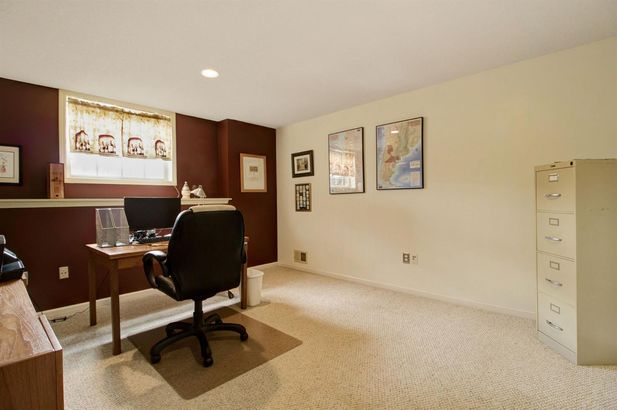4490 W Lake Forest Drive - Photo 45
