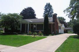 430 S WILLIAMSBURY Road Bloomfield Hills, MI 48301 Photo 2