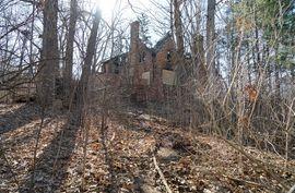 75 Barton Drive Ann Arbor, MI 48105 Photo 3