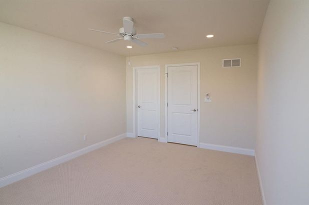 2503 Oxford Circle - Photo 47