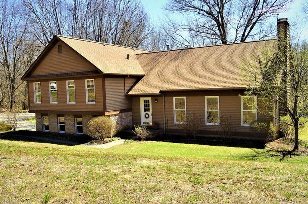 15911 Cavanaugh Lake Road - Photo 2