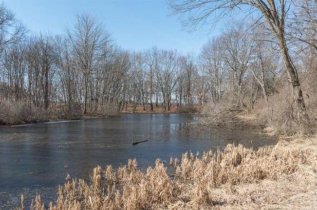 15911 Cavanaugh Lake Road - Photo 11