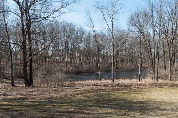 15911 Cavanaugh Lake Road - Photo 10