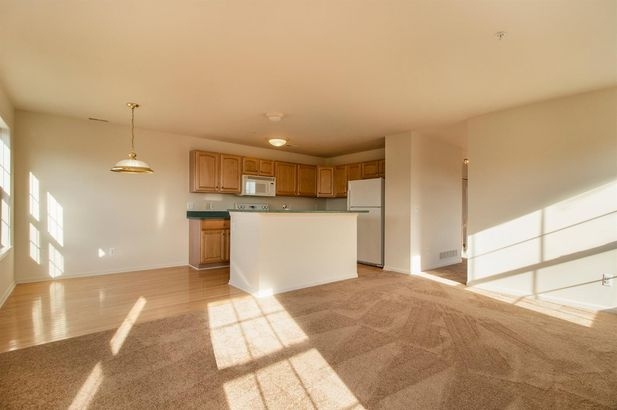 2860 Barclay Way - Photo 4