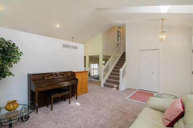 5700 Villa France Avenue - Photo 4