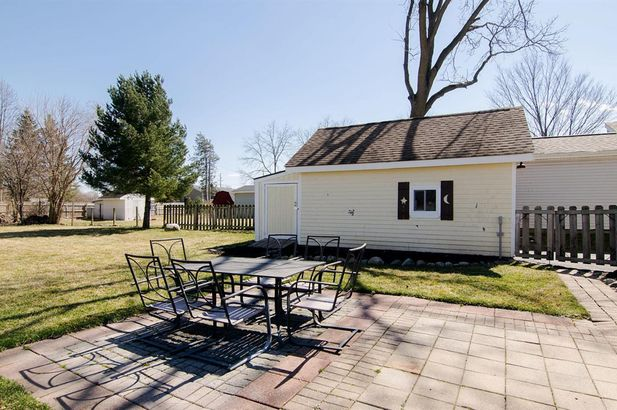 3654 Central Street - Photo 31