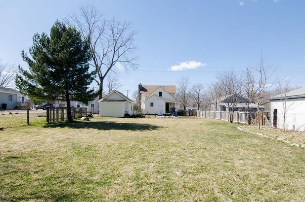 3654 Central Street - Photo 34