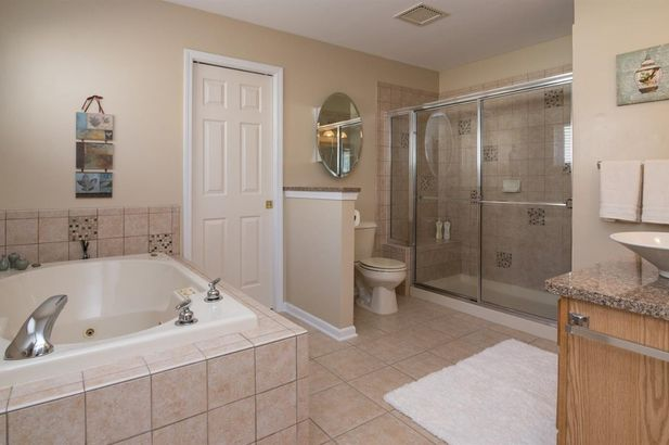 2064 Bay Hill Court - Photo 31