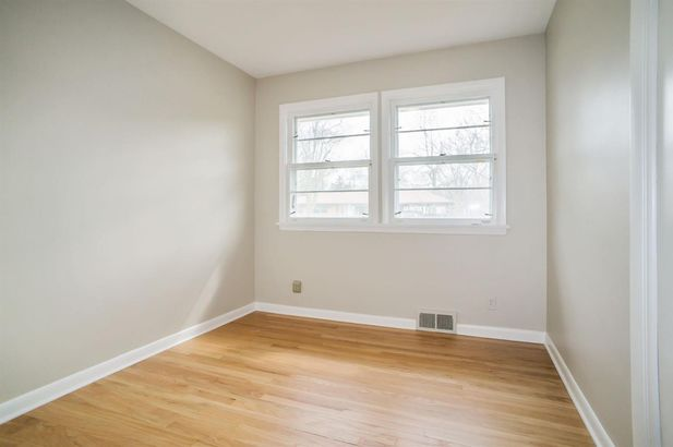 1100 Clague Street - Photo 25