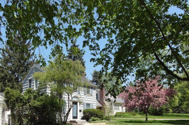 1811 Crestland Street Ann Arbor MI 48104