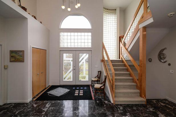4099 Broadmoor Court - Photo 2