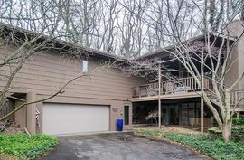 4038 Thornoaks Drive Ann Arbor, MI 48104 Photo 8