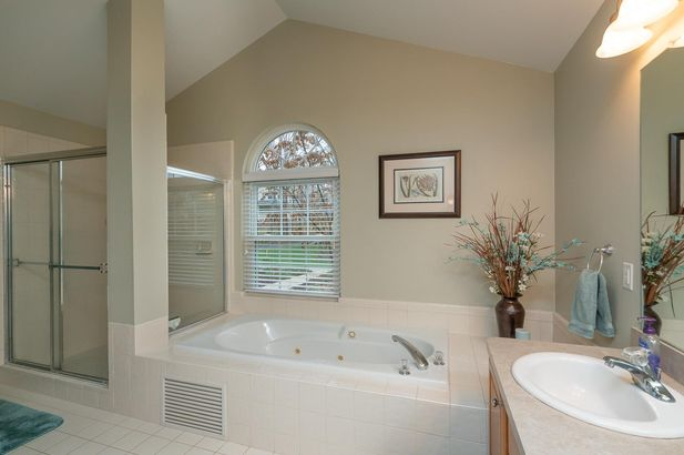 13708 W Quail Hollow Court - Photo 17