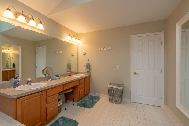 13708 W Quail Hollow Court - Photo 18