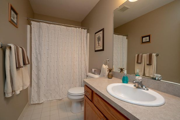 13708 W Quail Hollow Court - Photo 20