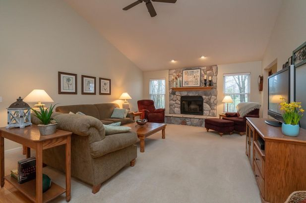 13708 W Quail Hollow Court - Photo 8