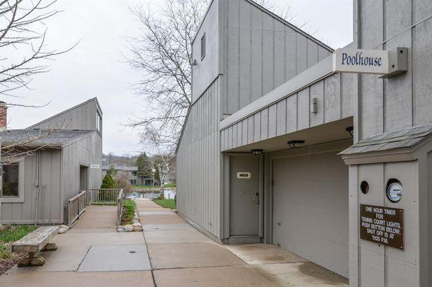 741 Peninsula Court - Photo 32