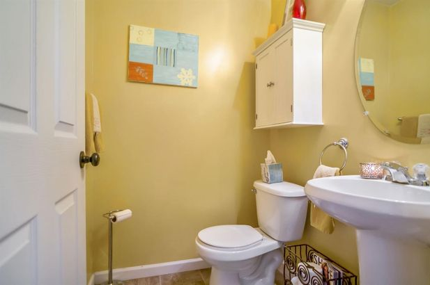 8050 Beechwood Boulevard - Photo 7