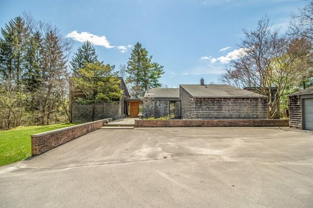 1790 Country Club Road - Photo 4