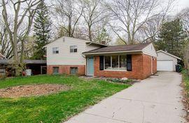 2241 Hilldale Drive Ann Arbor, MI 48105 Photo 8