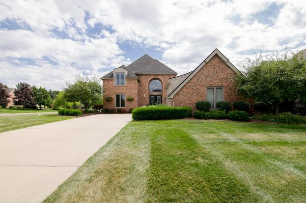 1657 Cypress Pointe Court - Photo 2