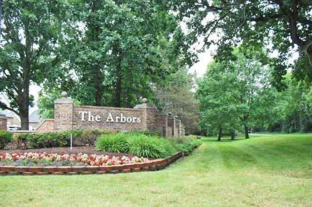 4299 Pine Ridge Court - Photo 3