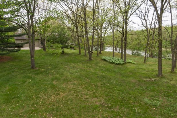 3248 W Huron River Drive - Photo 91