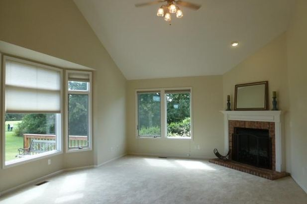 1735 Monterey Court - Photo 10