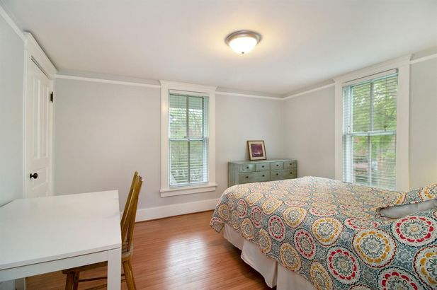 121 Kenwood Avenue - Photo 13
